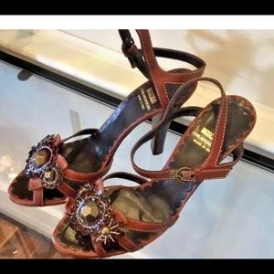 MOSCHINO BROWN JEWELED ANKLE STRAP 7.5 SANDAL